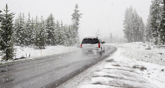 Samochód w leasingu w zimie