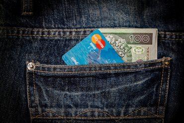 Pieniądze i karta