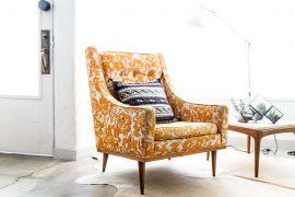 Fotel tapicerowany w domu