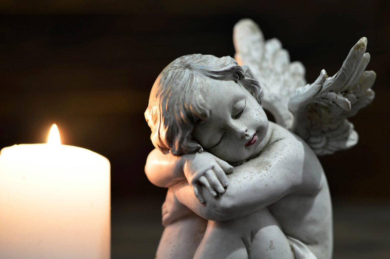 Aniołek i świeczka