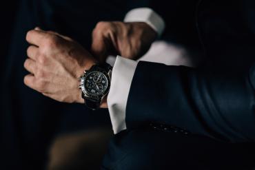 elegancki zegarek męski