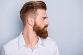 profil rudy mężczyzna z brodą