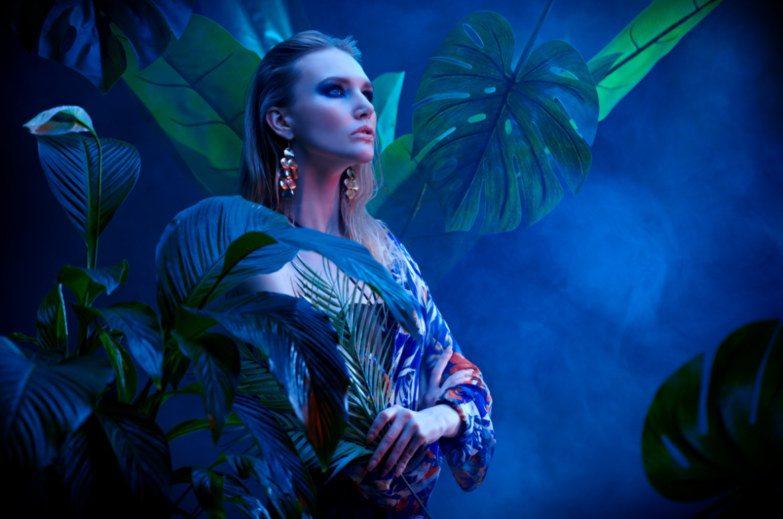 fashionistka motywy roślinne classic blue