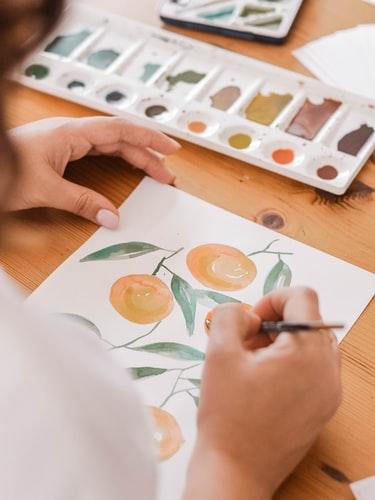 malowanie owoców na kartce