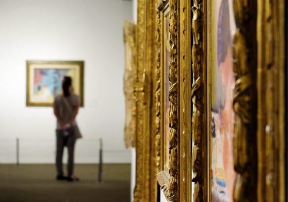 muzeum obrazy zbliżenie