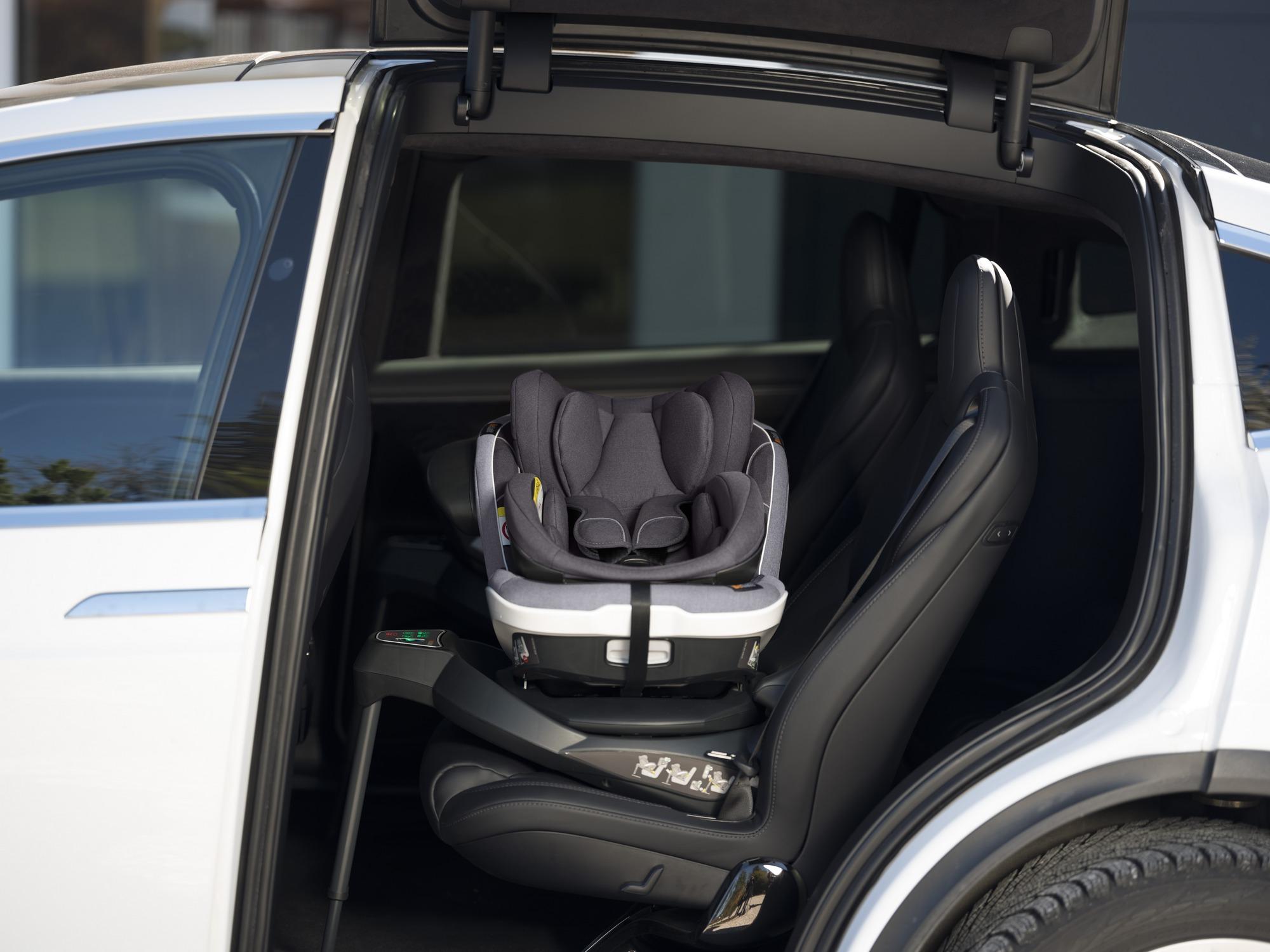fotelik samochodowy do 4 roku życia