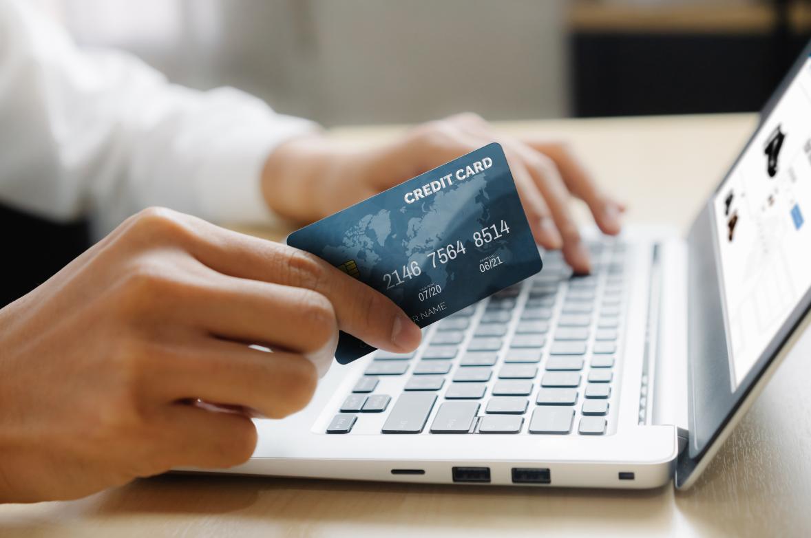 karta kredytowa przez internet