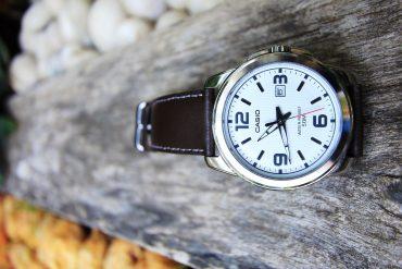 zegarek skórzana bransoletka