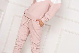 różowy dres damski