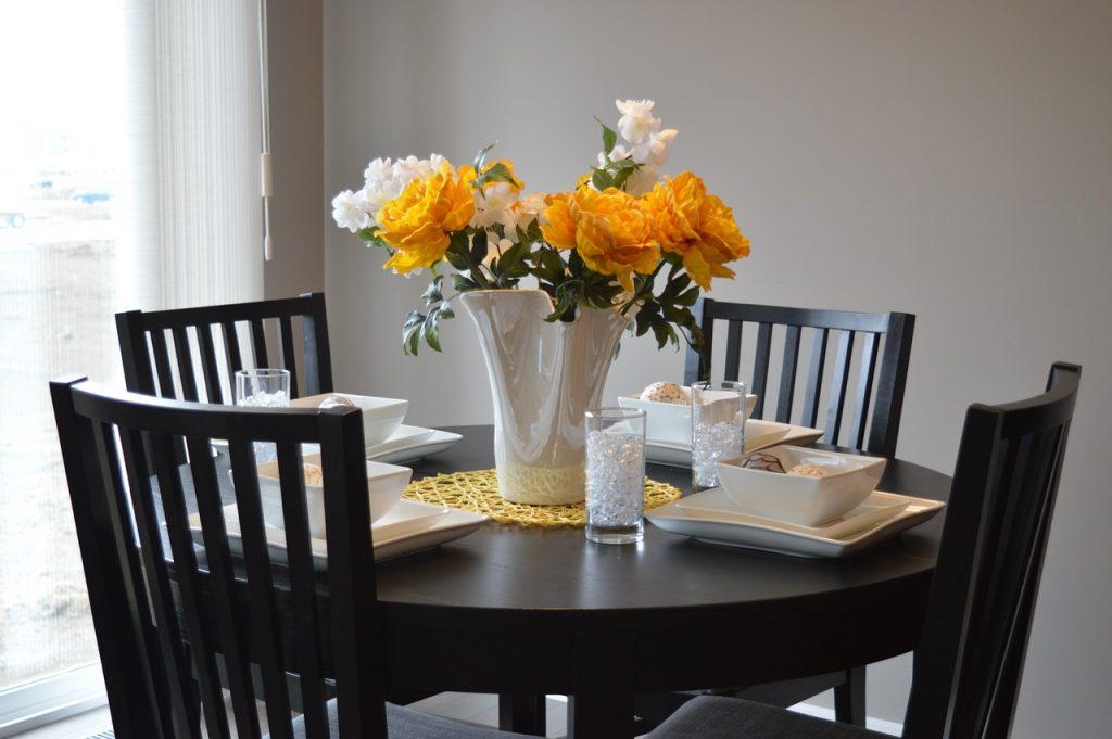 jadalnia stół