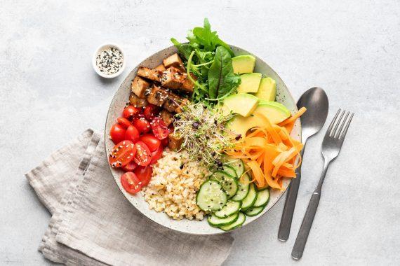 wegetarianizm posiłek z tofu